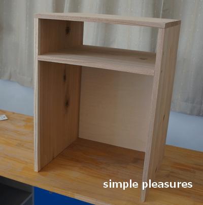 収納棚の作り方:枠の完成