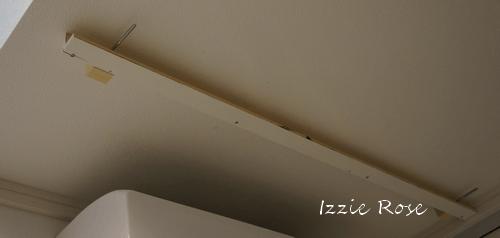 室内用木製エアコンカバーDIY作り方:天井に取り付け枠