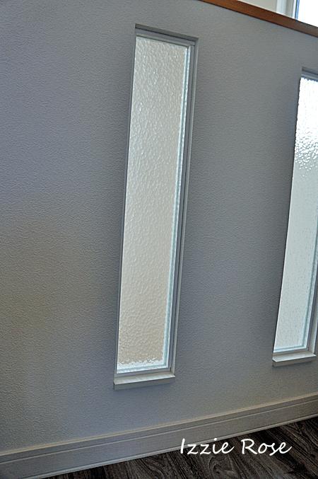 スリット穴にガラスとアクリル板を入れる方法