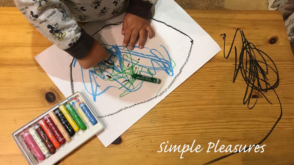 2歳男児 室内遊び クレヨン 汚れる