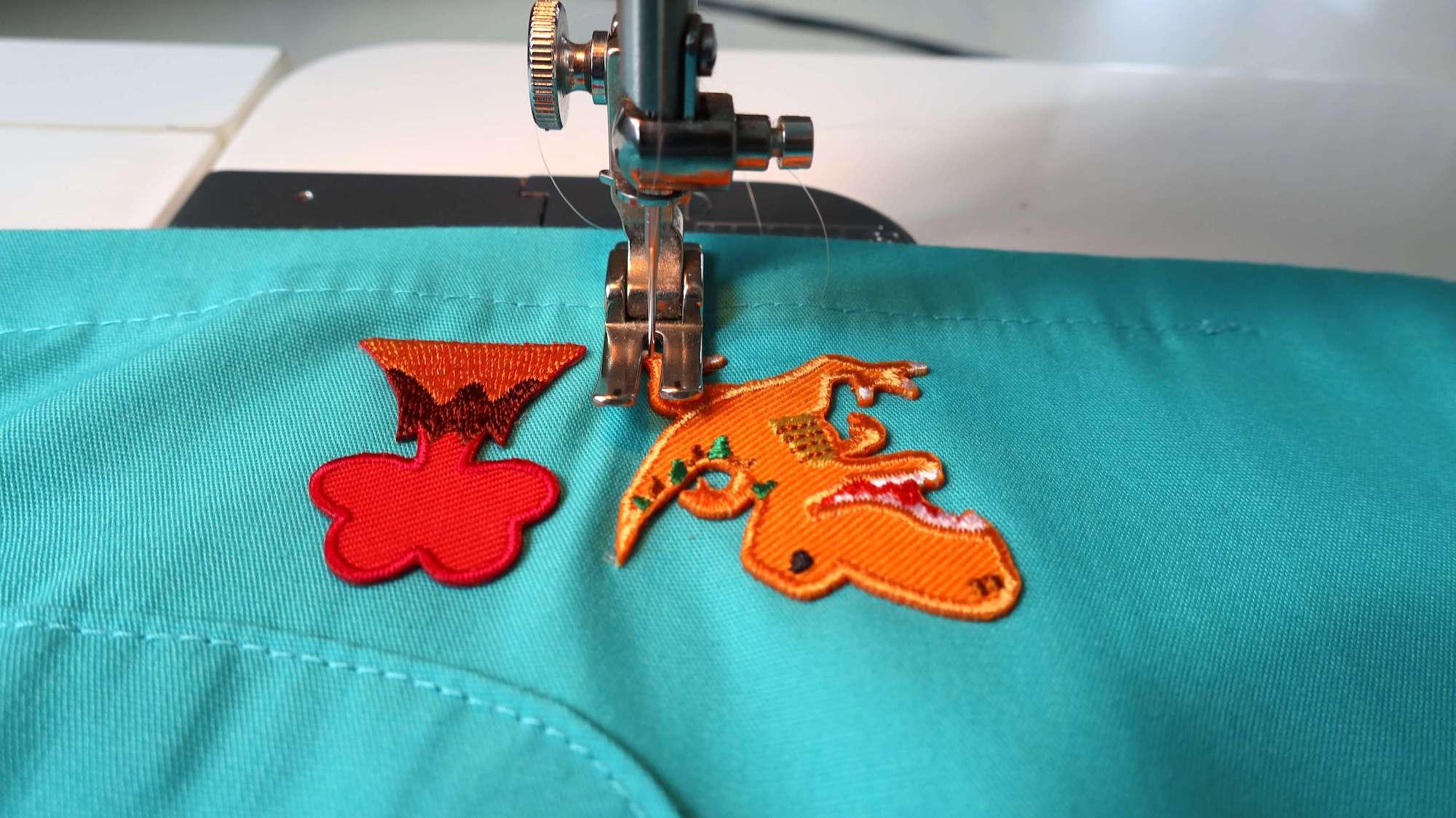 フジックス 透明糸でアップリケを縫う
