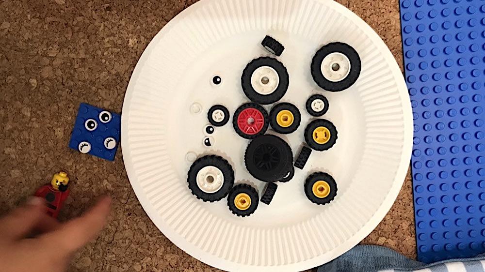 レゴ3歳男の子の遊び方:同じパーツを集める